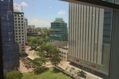منظر المعهد وأمامه Ayala Mall من افخم الاسواق في مدينة سيبو
