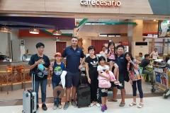 استقبال وتوديع بالمطار